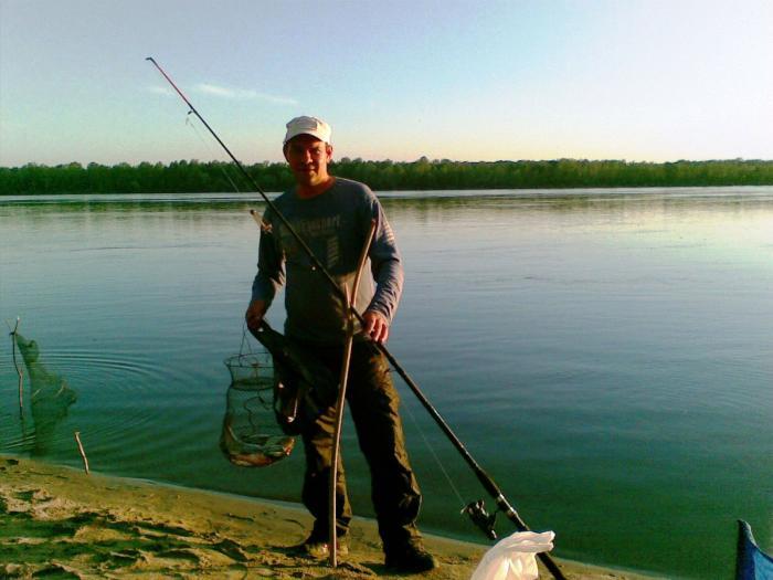 видео рыбалка на оби летом