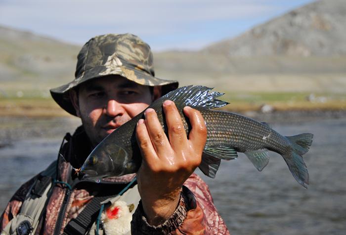 рыбалка на байкале с берега