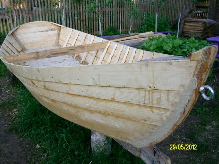 деревянная лодка из вагонки