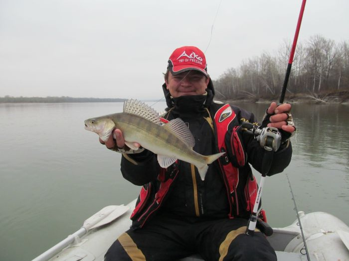 рыбалка на реке чем в новосибирской области