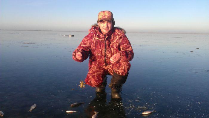 рыбалка на озере пески