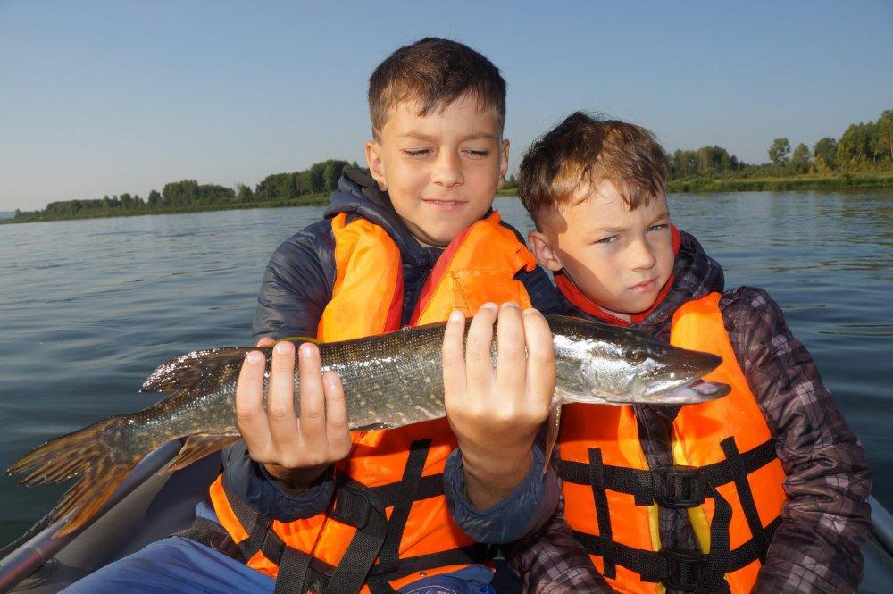 первые рыболовные сайт