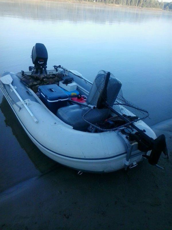 транцевая лодка badger