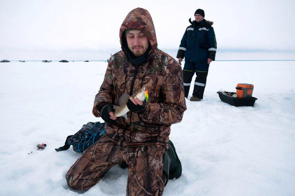 что купить начинающему рыбаку