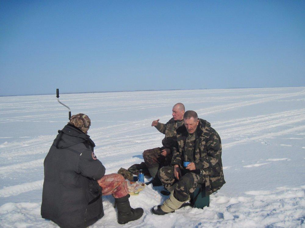 рыбаки на привале фото