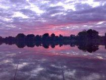 небо в озере, красиво, правда?