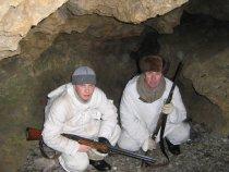 А  вот мы в пещере.