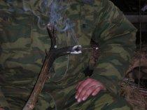 Ручной курящий олень....