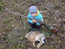 Мой сынуля-тоже хочет быть охотником...