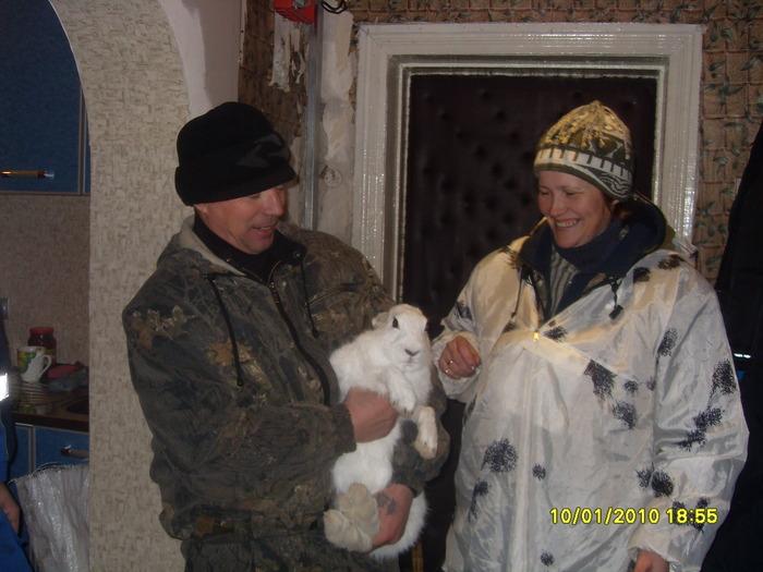 взяли зайца живьем для внучки