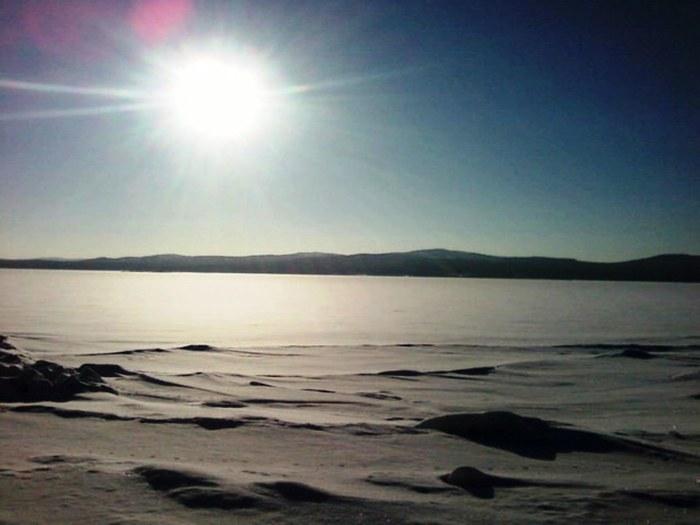 Зима и солнце.