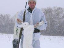 Открылись по зайцу на лыжах