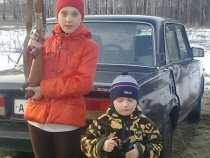 Весна 2010.Мой сын и племяница.