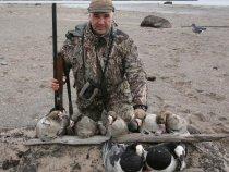 Охота на гуся, берег Белого моря, май 2011.