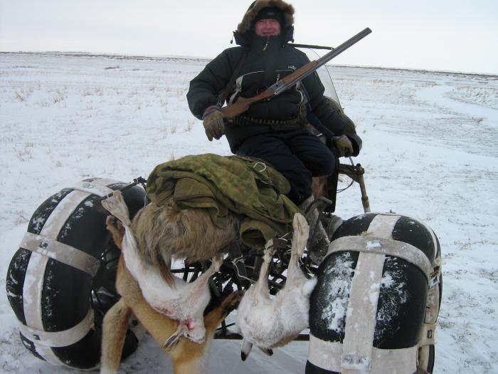 по снегу да на мотаке