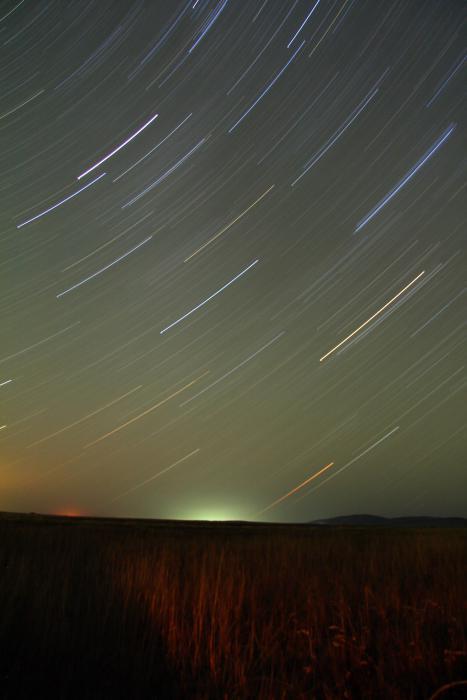 Звезды в полях, Земля вертится(длительная выдержка)