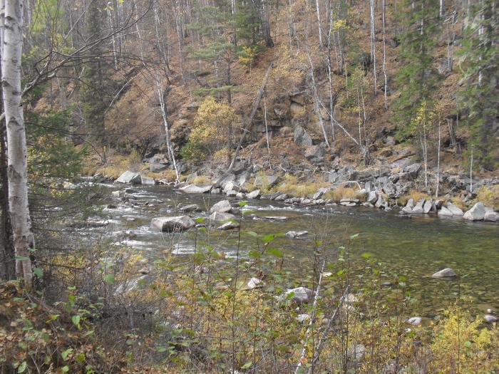 реки сибири осенью