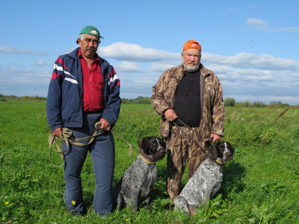 Отец Дарко и сын Гектор после совместной охоты.