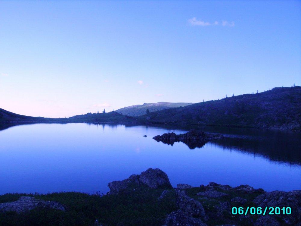 Горное озеро, Алтай