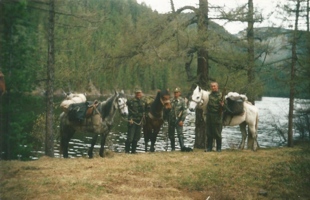 Горное озеро-Алтай.