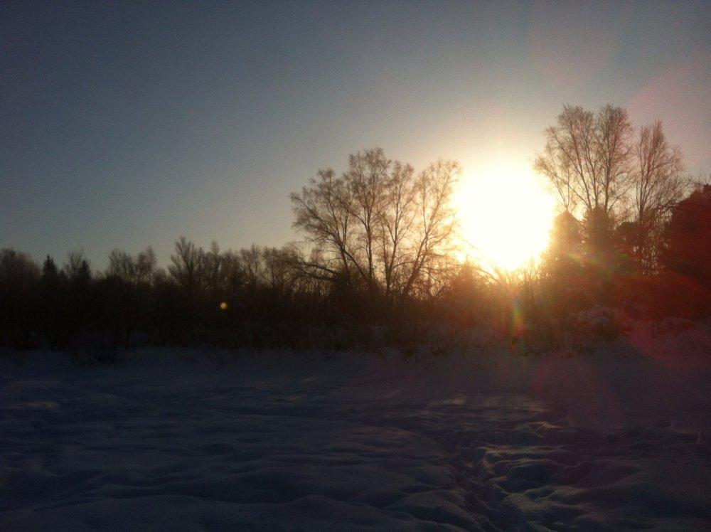 Восход на речке Кенда.