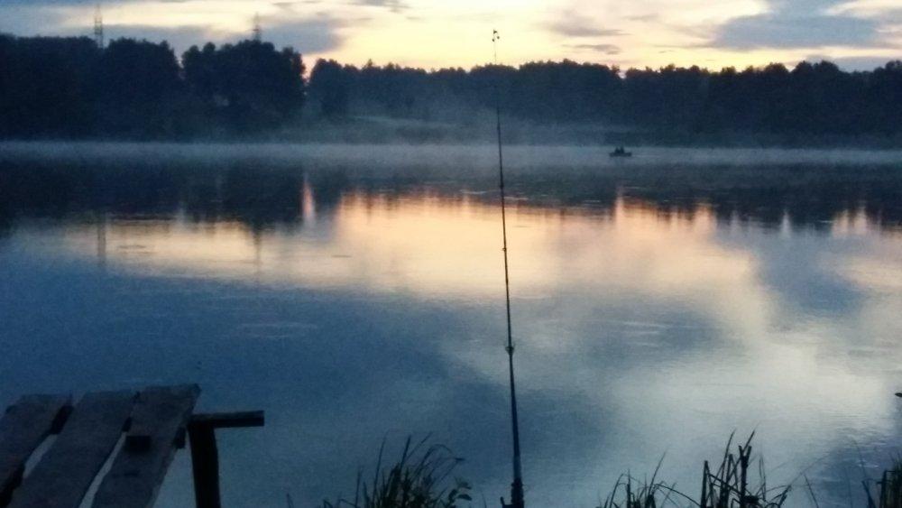 Туман перед ночной рыбалкой