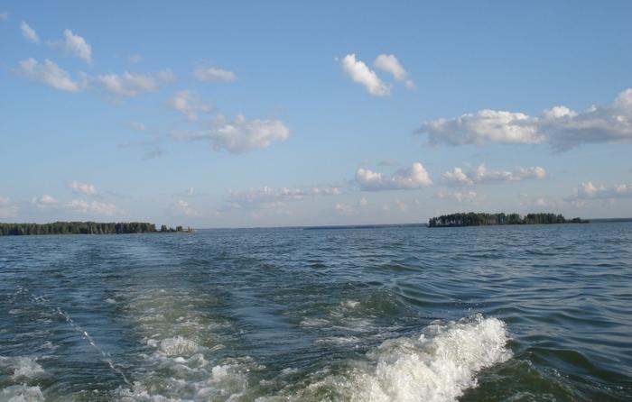 Гостеприимный остров удаляется... :(