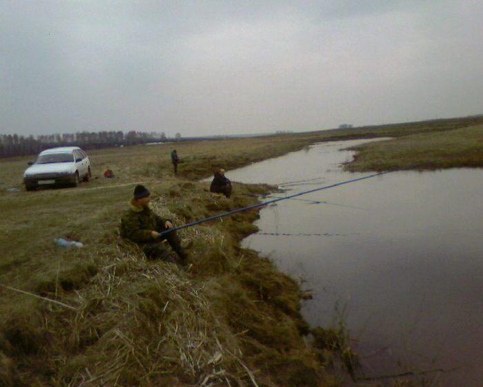 рыбачим на протоке