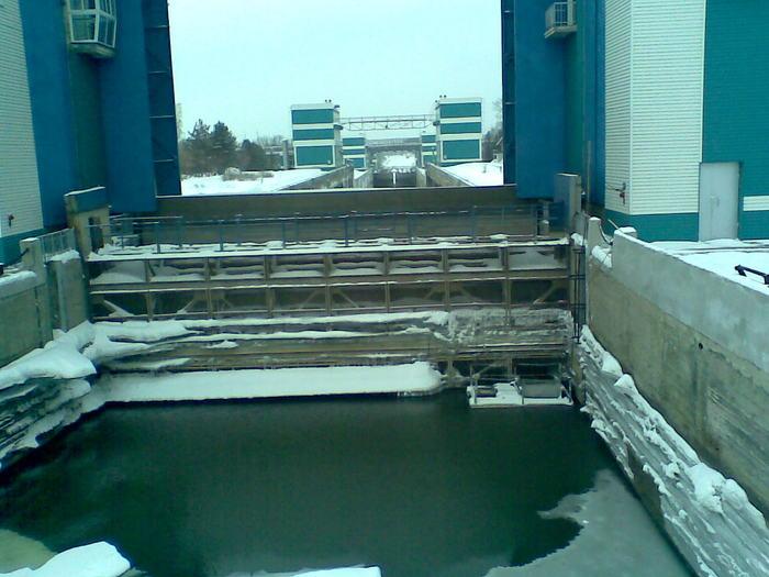 Уровень воды упал на 2 с небольшим метра...