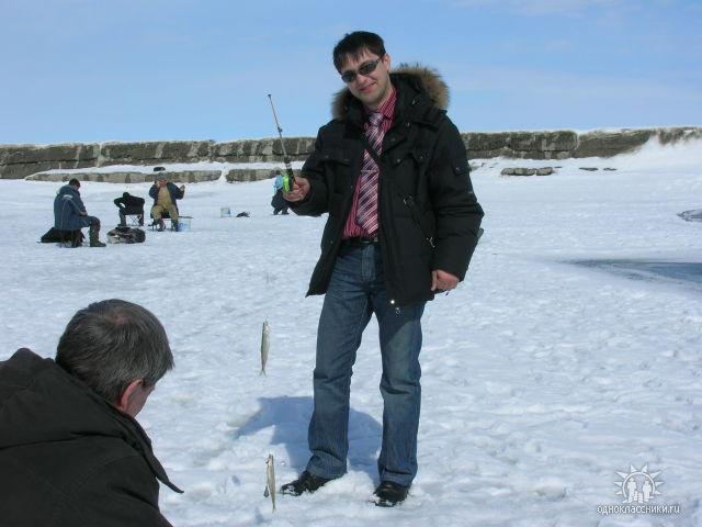 Как можно совмещать работу с рыбалкой. о. Сахалин (корюшка)