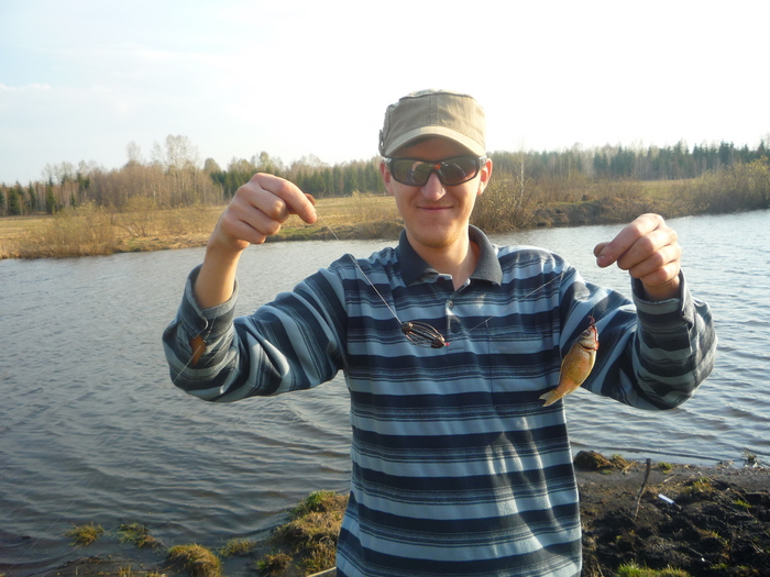 озеро Амбулаторное, карасик 12 см, невзвешивал