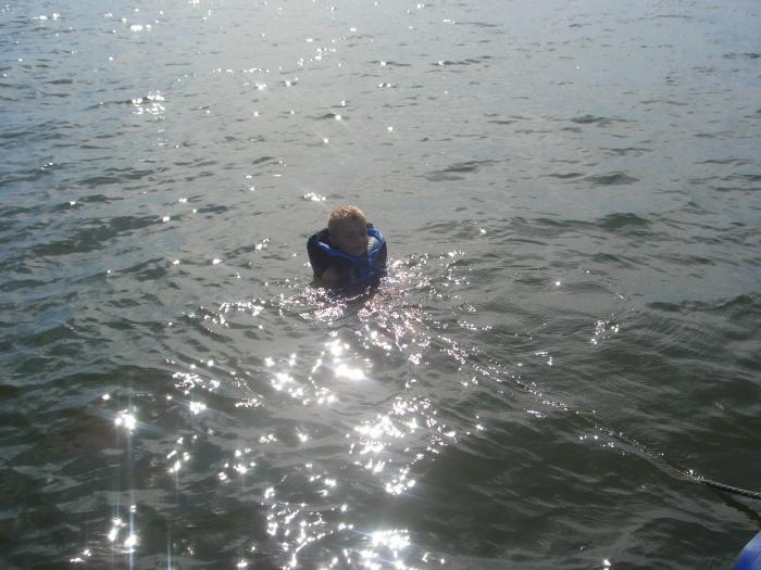 После такой рыбалки можно и побулькаться...