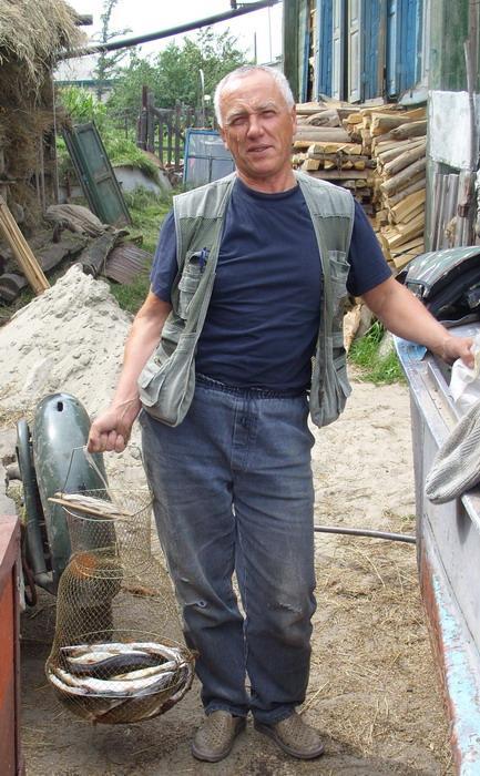 Хочется домик в деревне, до воды 30метров, в половодье люди в огороде рыбачат.