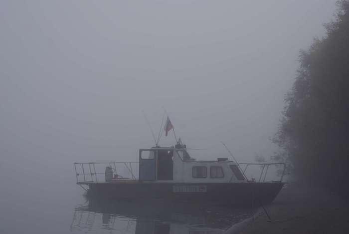 фото из последнего похода Лапина Иван Григорьевича за штурвалом своего корабля р.Чаус сентябрь 2010г