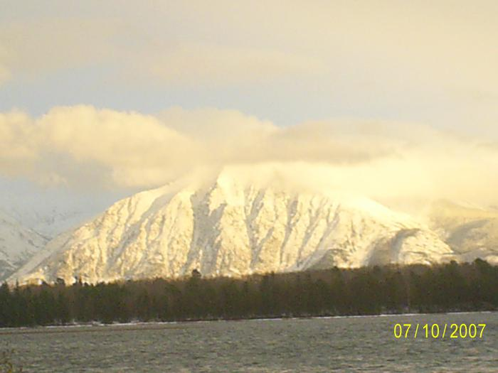 Озеро Дальнее готовится к зиме.