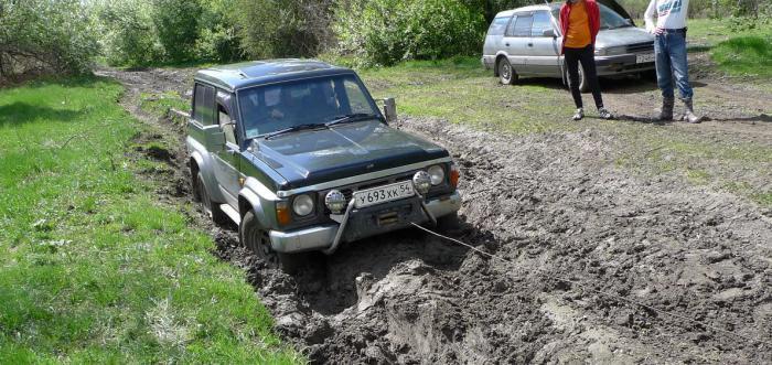 В тему дебилов за рулем :)