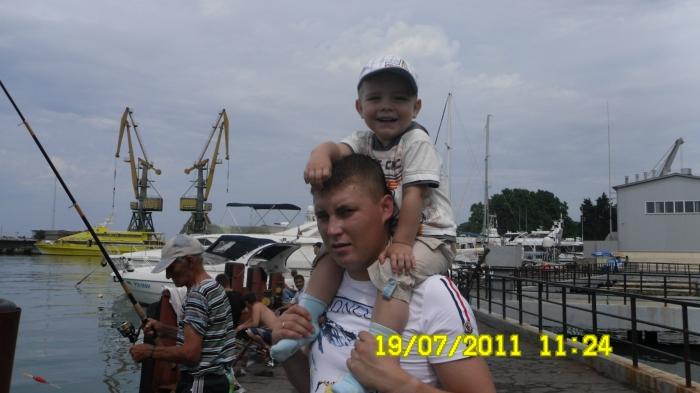 рыбаку 2 года