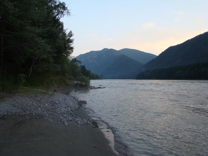 Вечер на реке Катунь