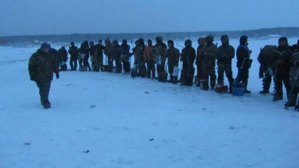 Спортивные соревнования по рыбной ловле в Крещение Господне