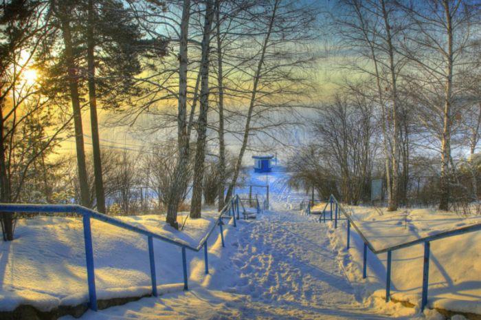 Лестница к зимней Оби