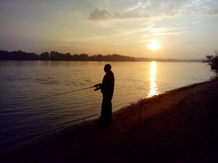 Рассвет на реке Обь-это чудесно и крассиво!
