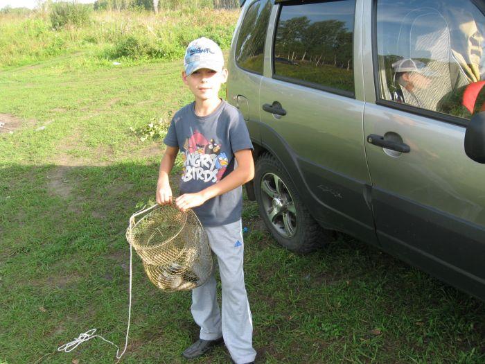 Приучаем к рыбалке.