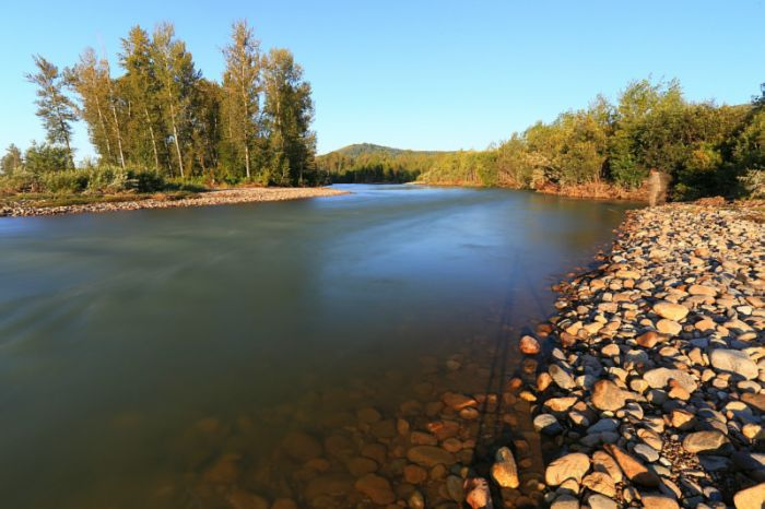 Хамир, бурная река.