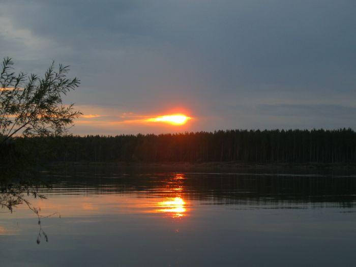 Закат над Большим Умревинским .