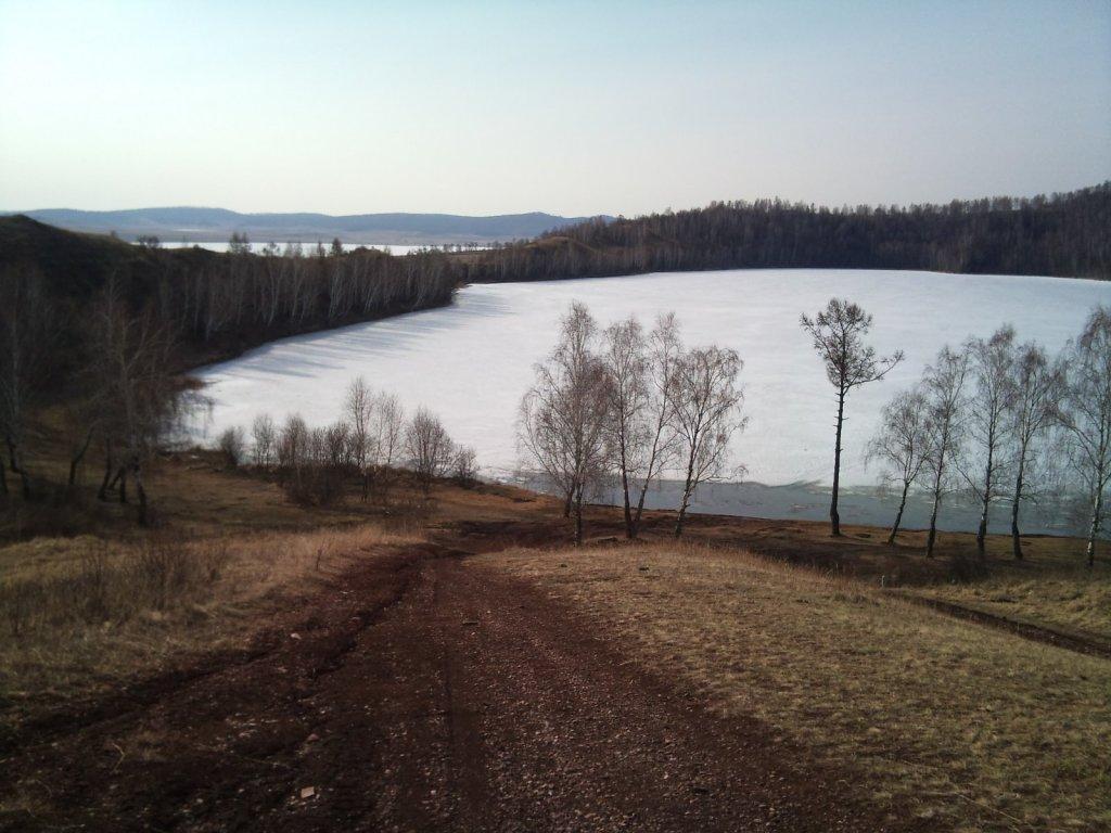 Озеро в горе