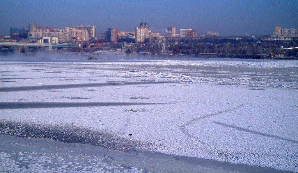 Лёд трещит 23.11. и сердце в пятки ;)