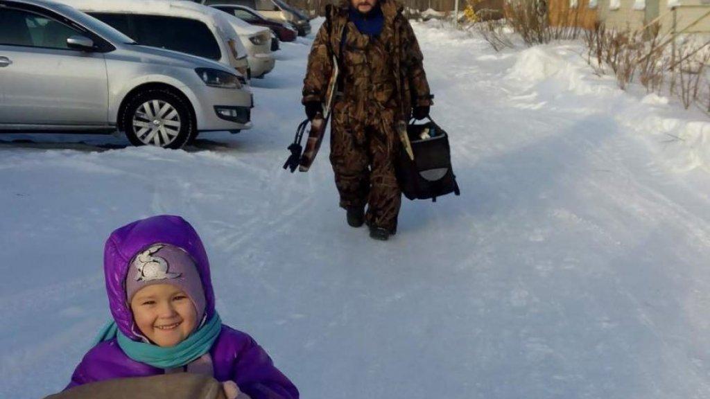 Зимняя сказка или первая внучкина рыбалка (рассказ в фотографиях).