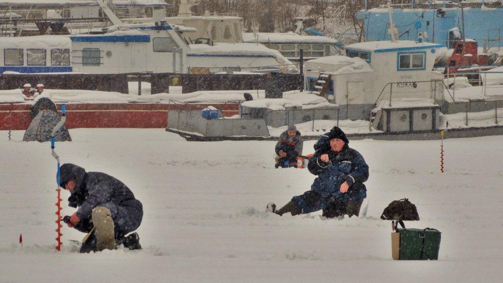 Открытые соревнования г. Новосибирск по ловле на мормышку, так сказать краткий фотоотчет.