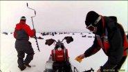 Мотобуксировщик Мухтар-7 везет четверых на рыбалку…