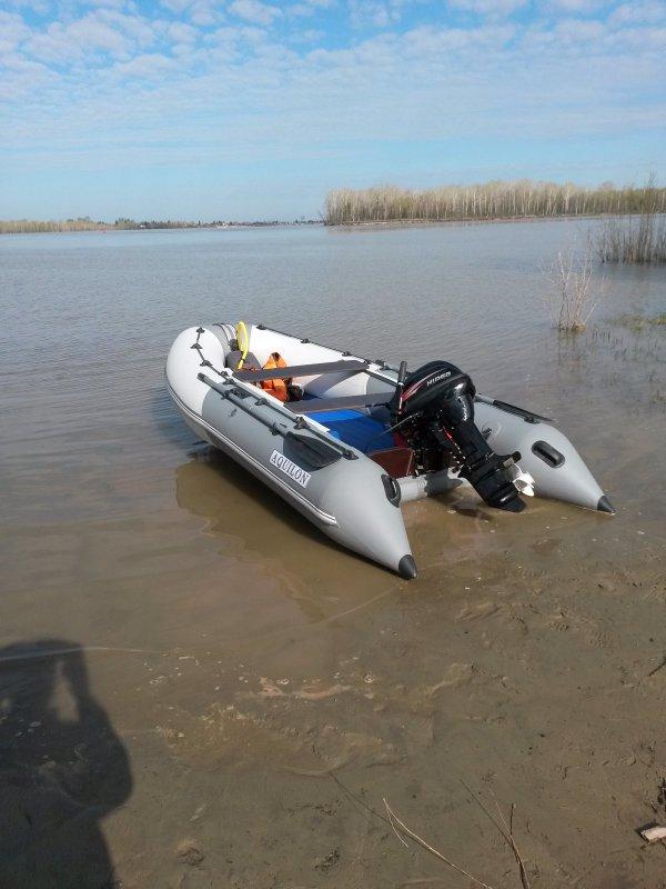 Первый спуск на воду)))